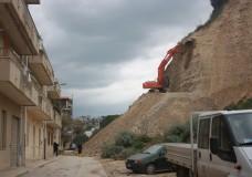 Smottamento a Scicli sulla collina imbastita