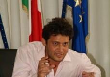 """Ispica – La """"norma salvaparenti"""" compie la prima """"vittima"""". Marco Genovese si è dimesso!"""