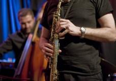 Javier Girotto e Urban Fabula: Apoteosi jazz al Millennium Club di Scicli.