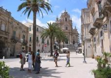 Boom di turisti in Sicilia. Nel ragusano complice l'Aeroporto di Comiso il 20% in più