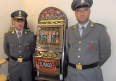 Comiso – La Guardia di Finanza sequestra macchinette da gioco abusive