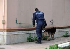 Ragusa – Sostanze stupefacenti a scuola: la polizia ha arrestato due studenti e denunciato un altro minore d'età