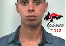 Rapina una donna a Scoglitti, i Carabinieri lo arrestano