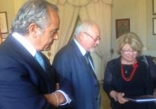 L'assessore regionale all'ambiente Lo Bello ieri a Scicli per un confronto col sindaco sui temi emergenti del territorio