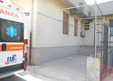 Scicli – Questione di misura, l'ambulanza non entra nello spazio costruito apposta