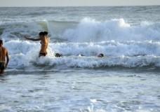 Scicli – Ragazzina rischia di annegare nel mare di Bruca
