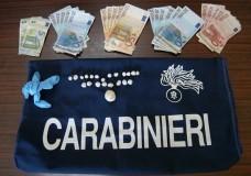 Vittoria – Spacciavano droga in un appartamento. I Carabinieri arrestano tre persone