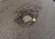 Billy, la pallina turista nella città di Scicli