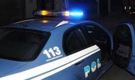 Aggrediva i passanti a Marina di Ragusa, arrestato