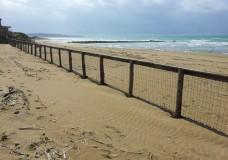 Scicli – Recintata ancora la spiaggia di Spinasanta
