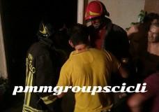 Scicli – Incendio in via Gobbetti, distrutta la sala condominiale