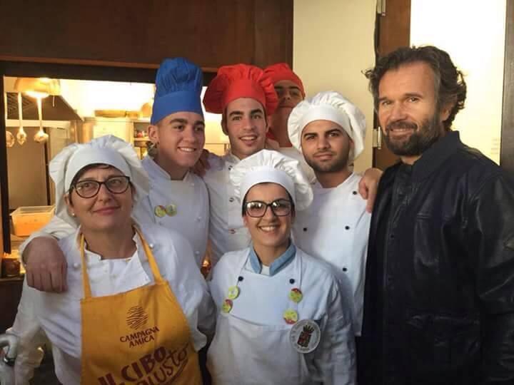 """Ispica – Un successo la presenza del """"Curcio"""" all'Expo, tra panelle, cannoli, arancini e fichidindia"""