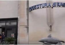 Ragusa – Sostituiva buoni pasto per comprare cocaina: dipendente supermercato incastrato dalle telecamere