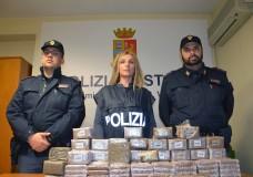 Vittoria – Pacco sospetto in spiaggia. 30 chili di hashish pura, 50mila euro il valore