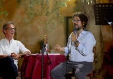 """Scicli – Di Girolamo ha fatto centro: apprezzatissima la presentazione di """"Contro l'Antimafia"""" – Intervista video"""