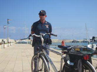 polizia ragusa in biciletta