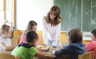 scuola insegnante