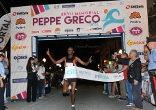 Scicli – Peppe Greco dominato ancora dai keniani. Ottimo risultato di Giuseppe Gerratana. Il Video dell'arrivo