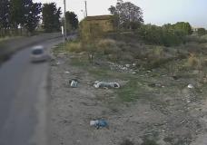"""Comiso – Vergogna 2. Ancora incivili che abbandonano i rifiuti """"al volo"""""""