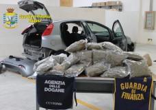 Pozzallo – Stava per imbarcarsi per Malta con un carico di marijuana del valore di 200mila euro: fermato dalla GDF