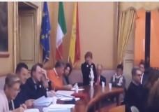 Scicli – Il primo consiglio comunale tra commozione e coesione – Video