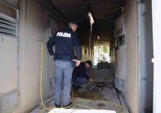 Vittoria – Appiccato il fuoco al canile comunale, indaga la Polizia