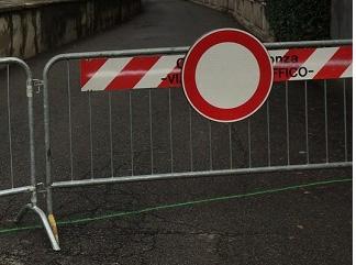 divieto di transito strada chiusa