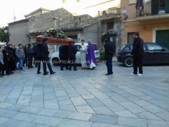 ninu lantirnaru funerali 1