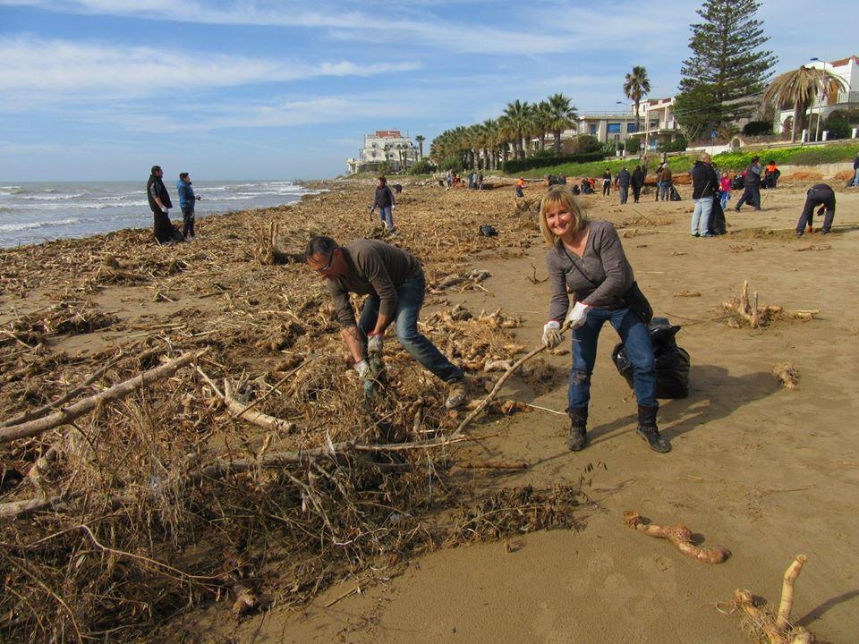 pulire spiaggia 3