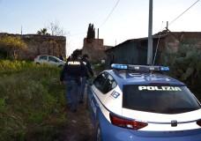 Vittoria – Due giovani coltivatori di marijuana arrestati dalla Polizia