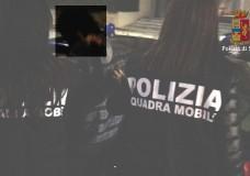 Ragusa – Violenza sessuale e atti sessuali con minore: la Polizia di Stato arresta un pedofilo di 43 anni