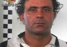 """Vittoria – La Polizia cattura """"Maradona"""". Si nascondeva in un caseggiato senza acqua ed energia elettrica"""
