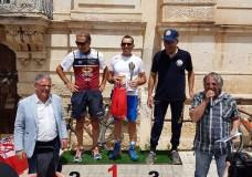 Ancora una domenica di successi per la M.T.B. Modica Triathlon Bike. Angelo Campailla sul gradino più alto del podio