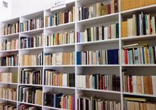 Comiso – 1300 libri appartenenti al fondo Alberto Bombace donati alla biblioteca Bufalino