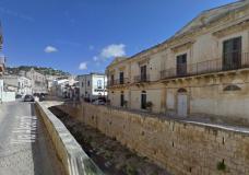 """Scicli – Ci scrive un cittadino: """"Impossibile trovare parcheggio nel centro storico, situazione insostenibile"""""""