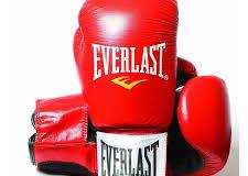 Da Ragusa a Las Vegas. Il mondo della boxe e dell'MMA attendono con ansia il match Mayweather-McGregor.