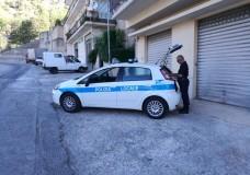 Modica – La Polizia Locale controlla il territorio. Guidava con patente scaduta da sei anni. Sostavano negli spazi dedicati ai disabili, multati