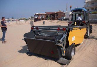 trattore-pulispiaggia