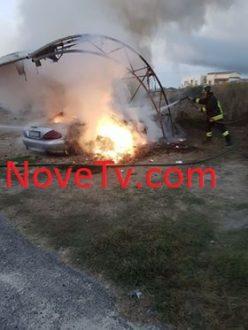 incendio-auto-kamma1