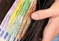 Scicli – Trova un portafoglio e lo restituisce