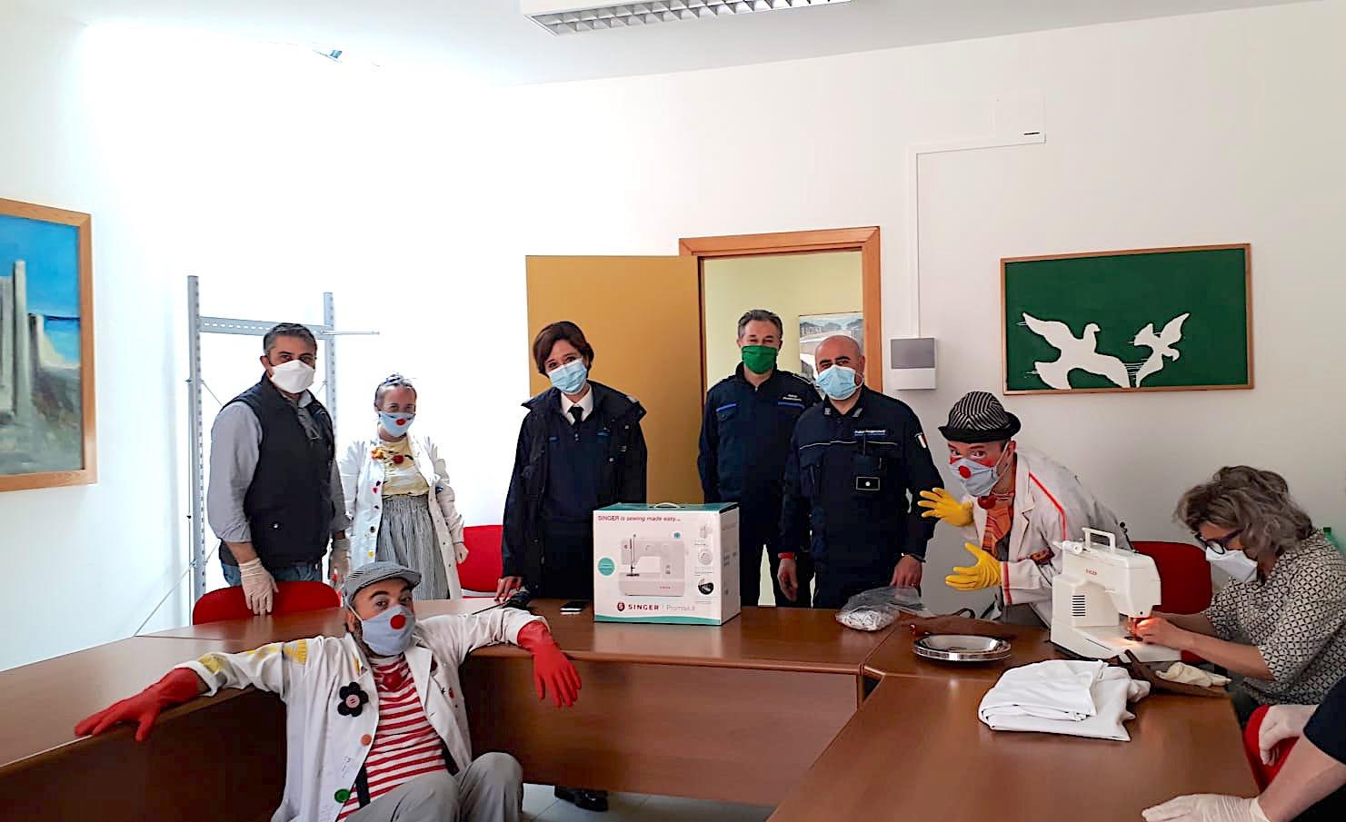 Ragusa – Le Mascherine della solidarietà: anche i detenuti del carcere le realizzano