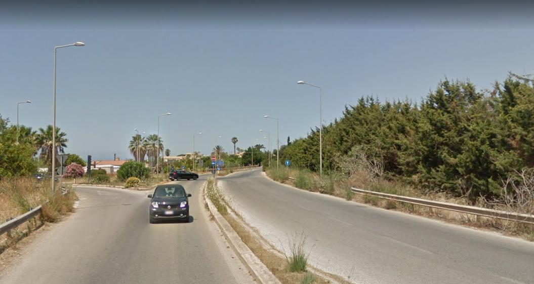 Scicli – Incidente stradale a Playa Grande, scontro tra auto e furgone